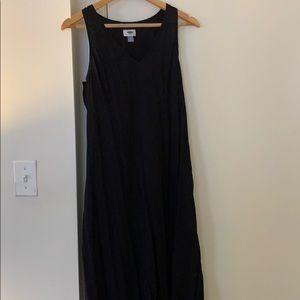 Causal midi black dress